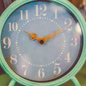 alarm clock clock clock face close up